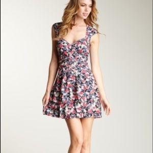 *NWT* Jessica Simpson Sweetheart Dress